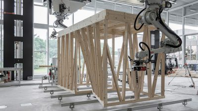 Robotic collaboration in new timber construction